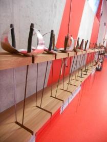 Très belles installations de la salle permettant l'agencement des épées et fleurets